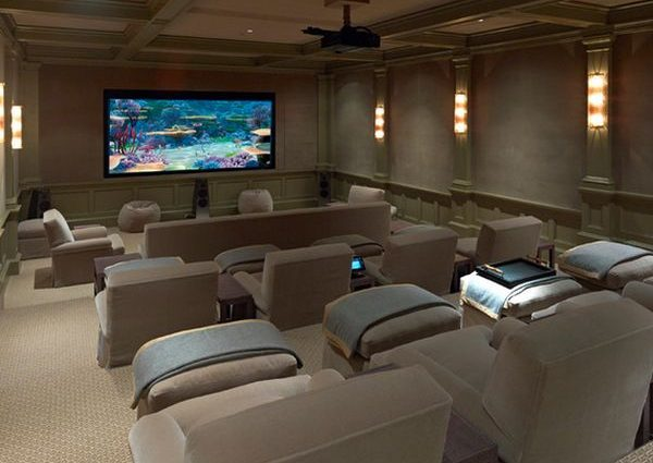 Top things to keep in mind while choosing a home theatre riser plan!