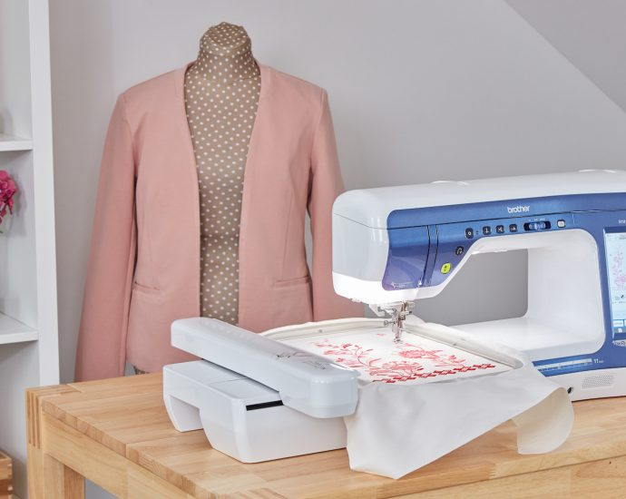 11 Best Sewing Machines For Beginners