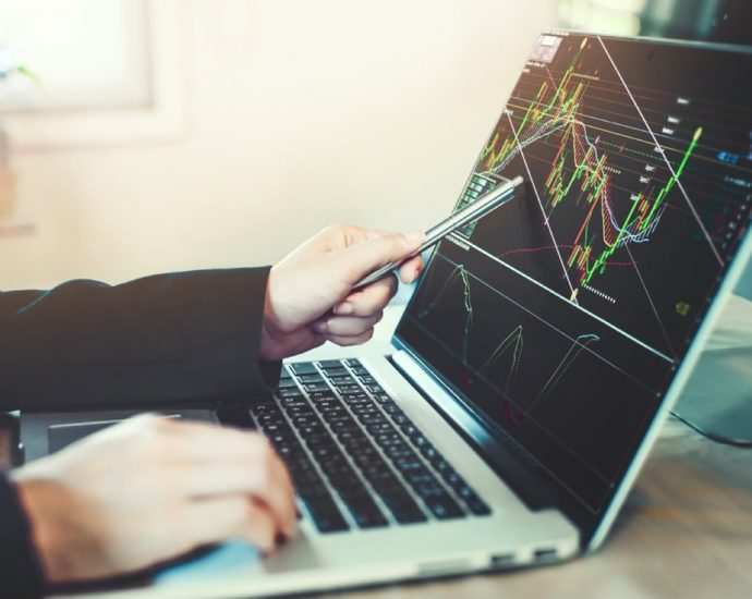 How to select the finest trading platform?